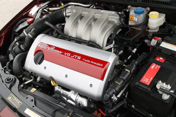 アルファロメオのエンジン